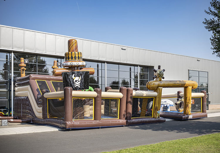 Bounce World Piraat vooraanzicht links